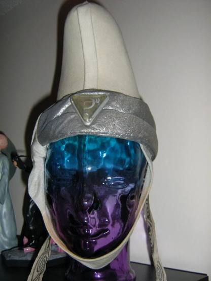 white priestess hat 02
